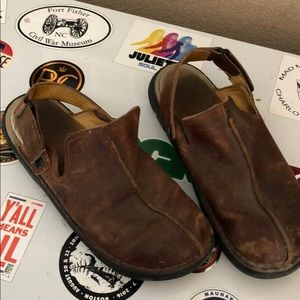 Awesome Clarks loafers